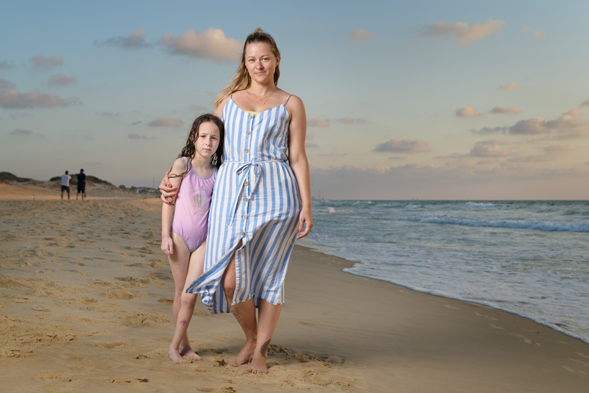 Jeni & Maya Sure, Ashdod Citadel Beach, August 2020